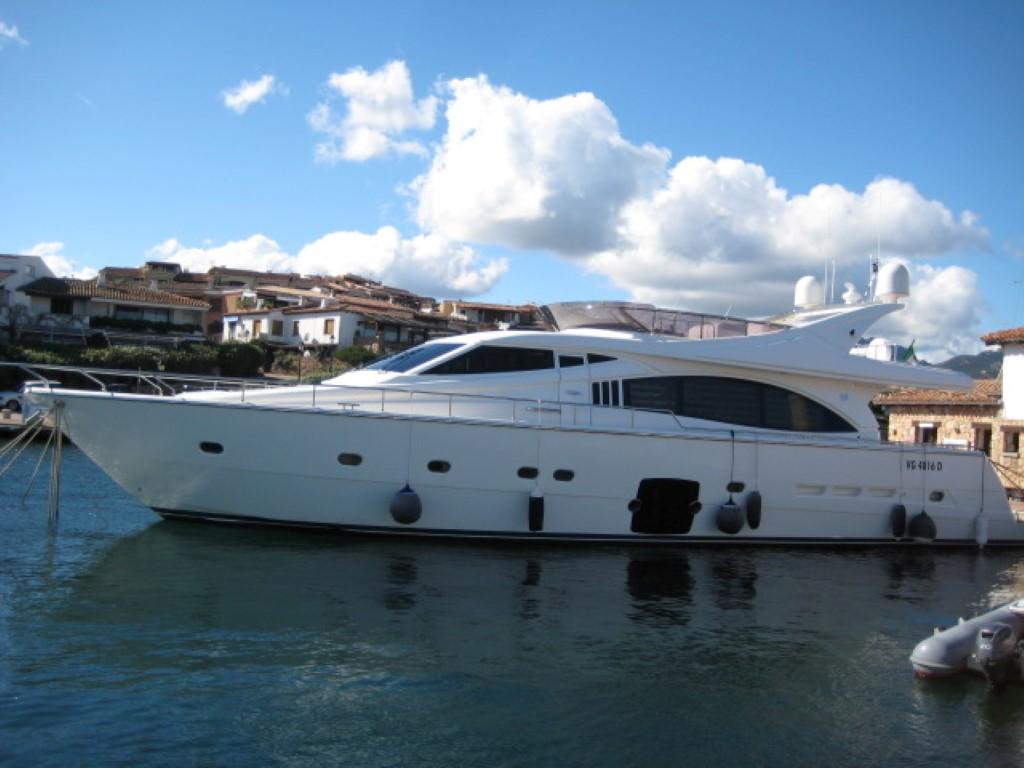yachtcharter kroatien boot mieten in kroatien. Black Bedroom Furniture Sets. Home Design Ideas