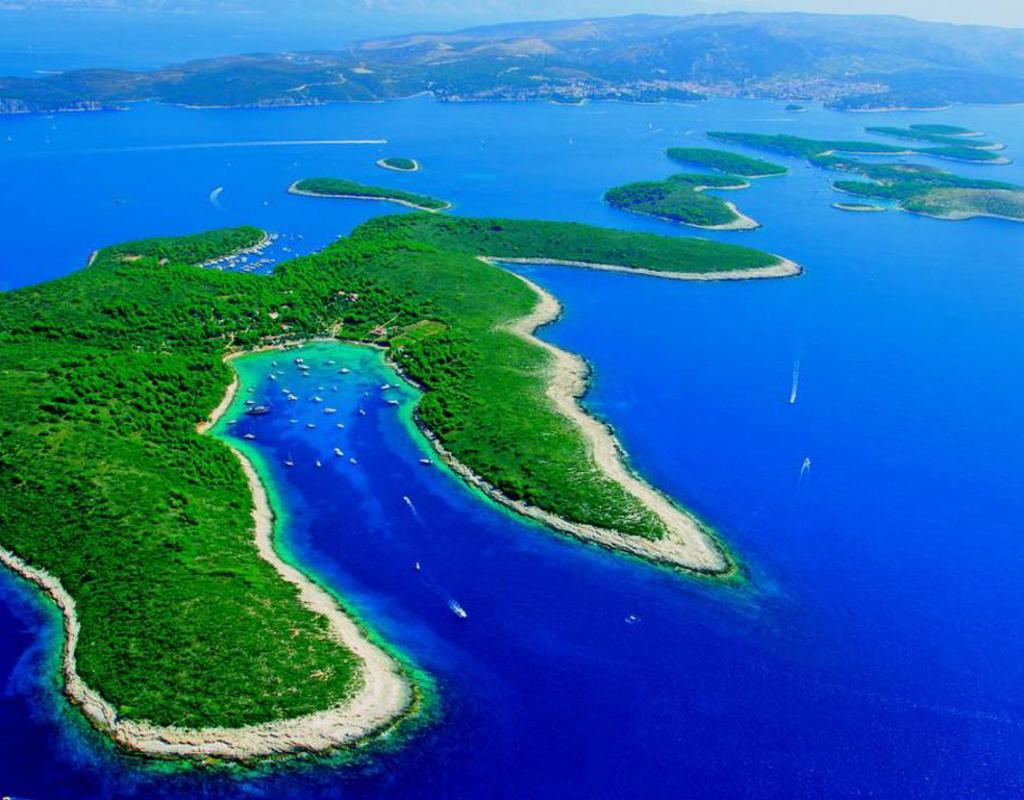 Hvar Island Beach Hotels